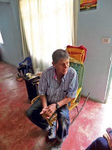 Alirio Ramírez Martínez, presidente de la junta de acción comunal de uno de los barrios legalizados en Provenza, Luz de Salvación II, dice que de lo único que les ha servido ser legales es que ya tienen casa 'propia'. /FOTO SILVIA MARGARITA MÉNDEZ MANOSALVA