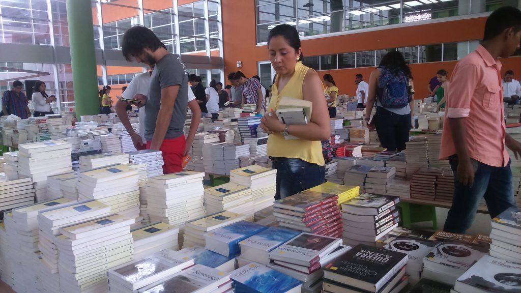 El \'Gran Outlet de Libros\' llega a Bucaramanga - Periódico 15